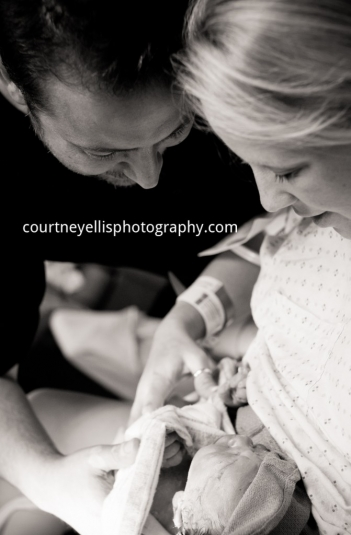 Louisville Birth Photographer Courtney Ellis